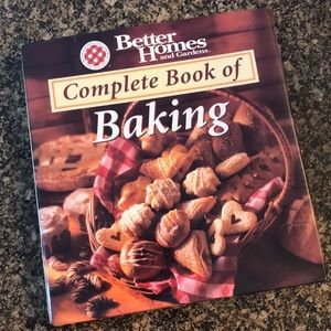 Better Homes and Gardens Complete Book of Baking